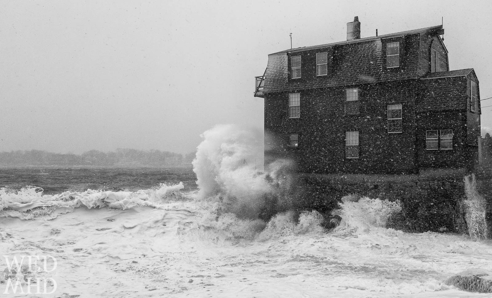 The Old House and The Sea