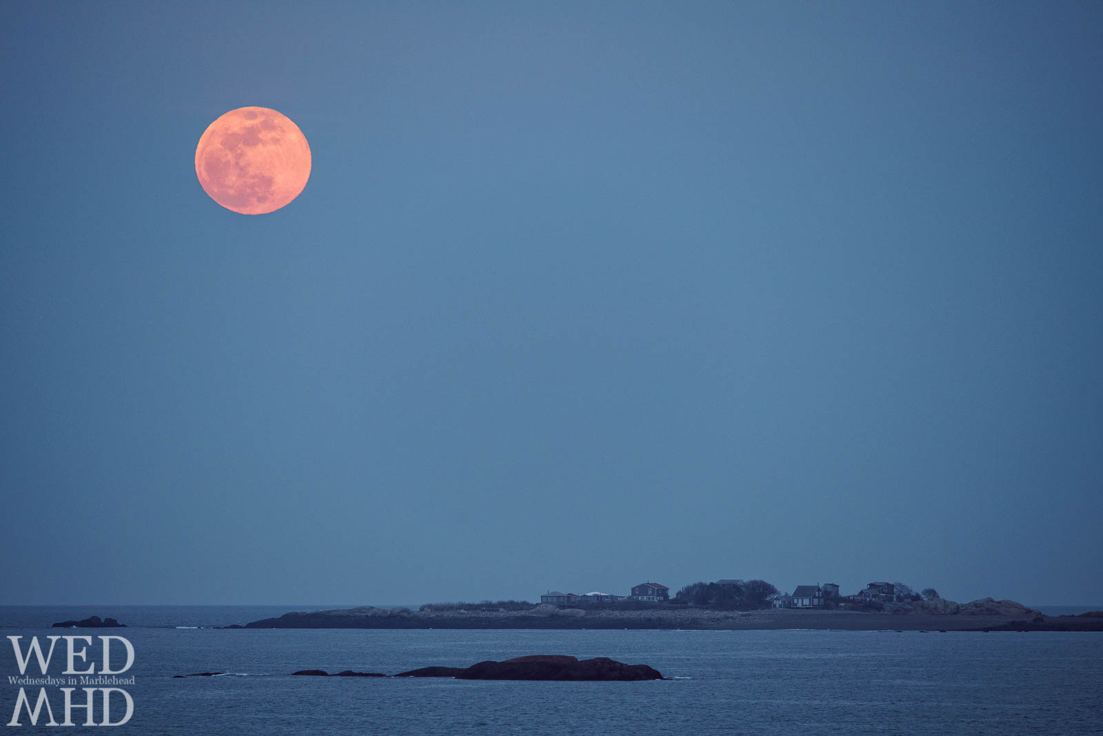 March's full worm moon rises over Tinkers Island ahead of a coming Nor'Easter
