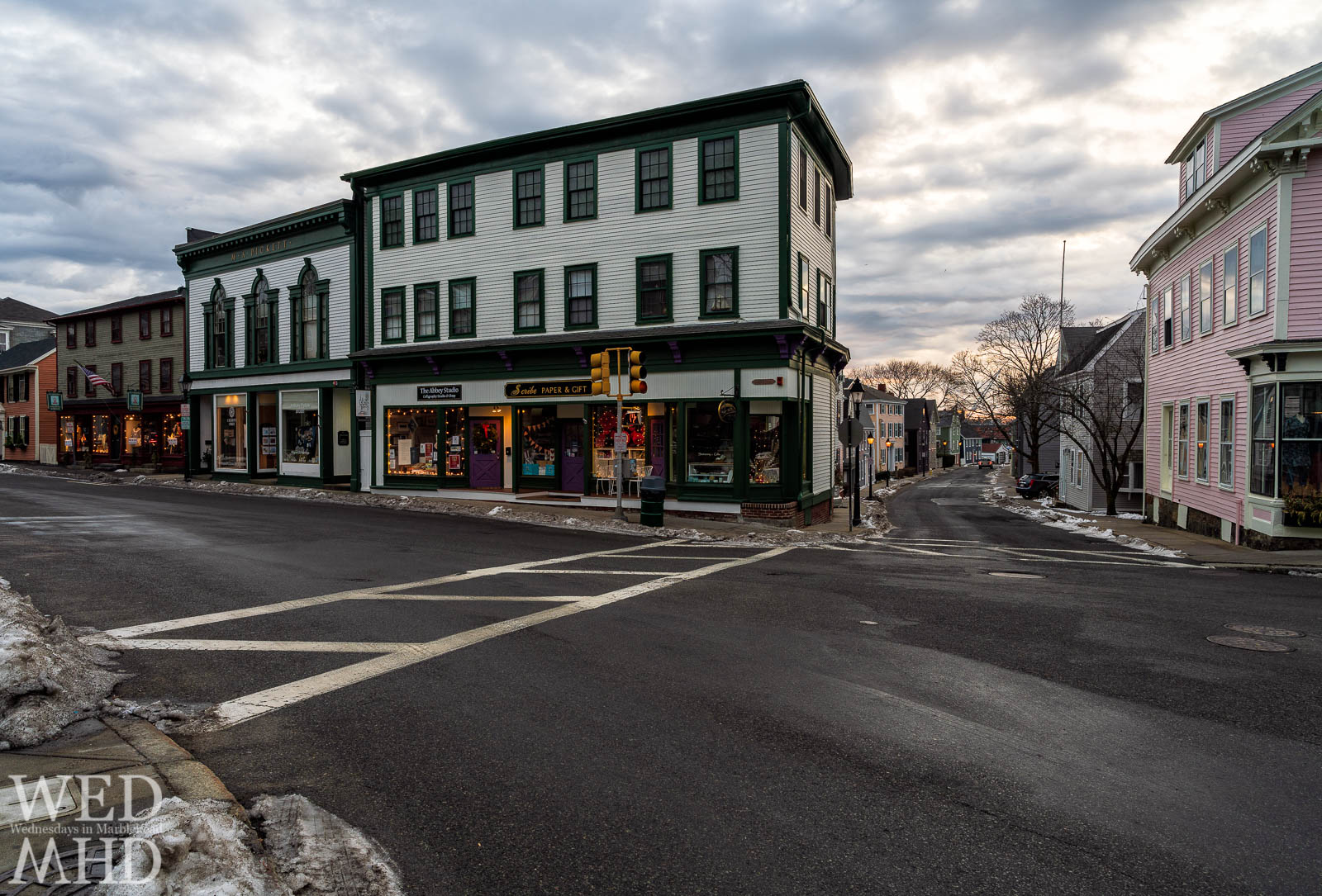 A view down State and across Washington Street as the sun rises over historic downtown Marblehead and I stand on the corner taking it all in