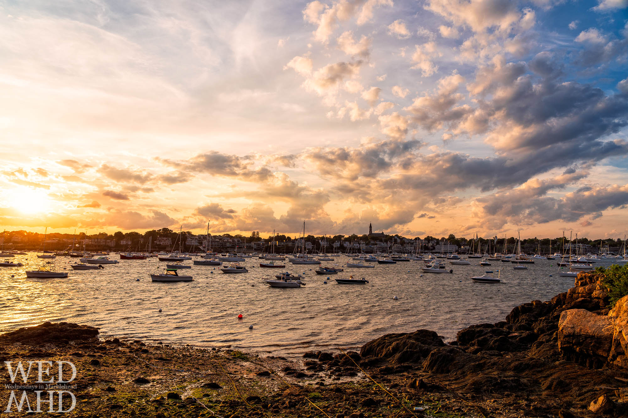 Parker Lane is a small public way on Marblehead Neck offering great sunset views especially at low tide