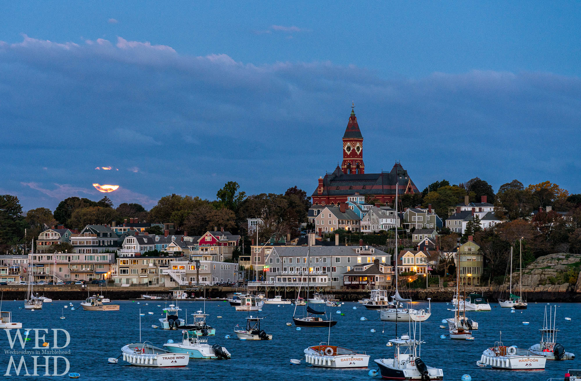 Watching the moonset from Harvard Street on Marblehead Neck before dawn on a warm late-October day